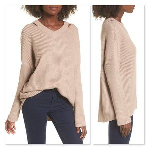 Dreamers by Debut Cutout V-Neck Sweater sz Medium